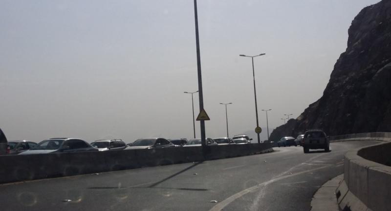 إغلاق طريق الهدا بالطائف احترازيًّا بسبب الأمطار