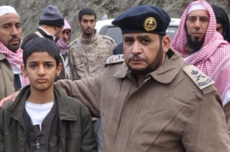 طفل يعثر على مفقود وادي عردة بـ #ميسان .. من حذائه - المواطن