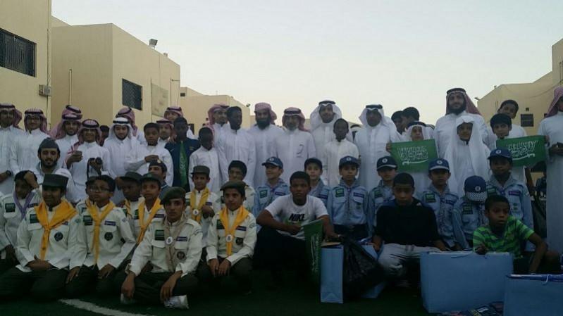 طلاب-تعليم-الرياض-يعايدون (1)