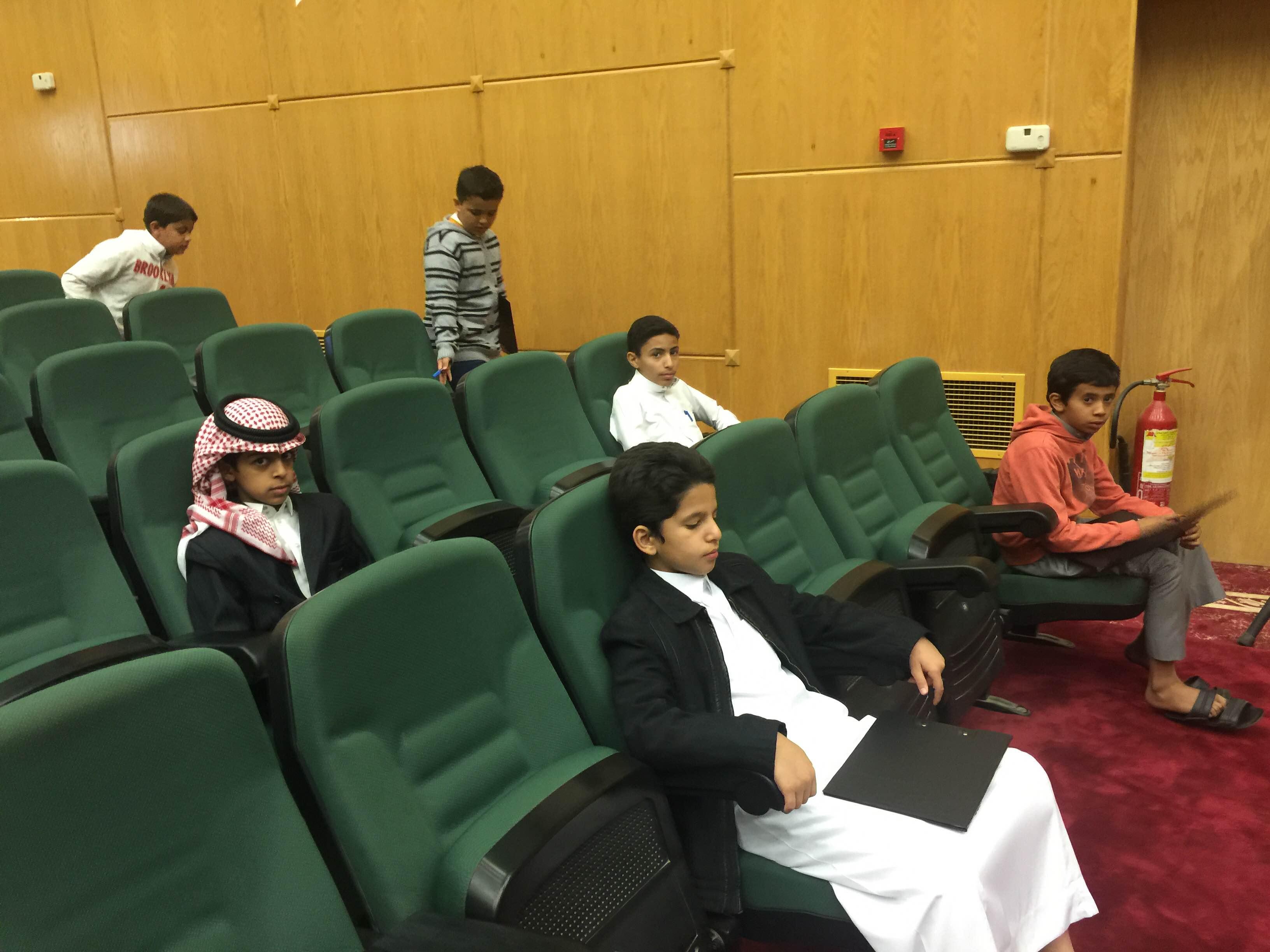 طلاب خبيب بن عدي الالبتدائية في تصفيات أولمبياد العلوم بـ #عسير (2)