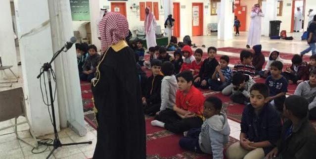 طلاب مدارس البكيرية يؤمن زملائهم ومعلميهم بصلاة الاستسقاء6