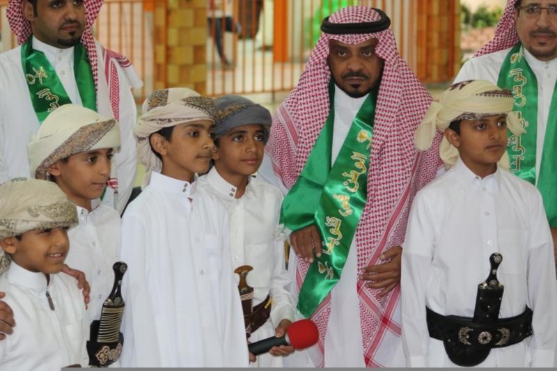 طلاب يمنيون العارضة السعودية (1)