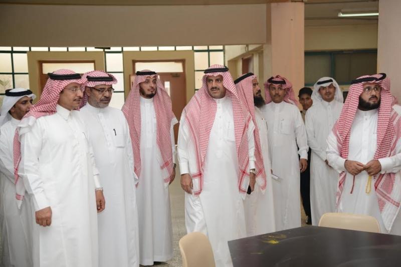 طوارئ في جامعة الملك خالد لتسريع نقل عدد من كليات البنات