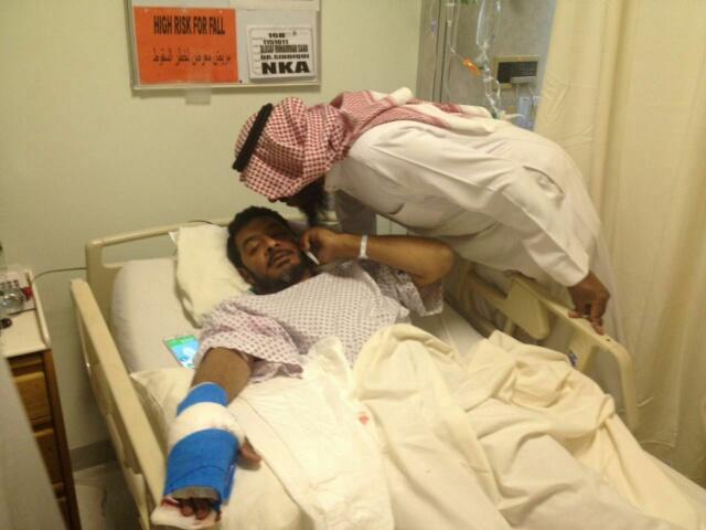 عائلة العساف تستنكر إصابة أحد أبنائها بتفجير الأحساء الإرهابي (1)