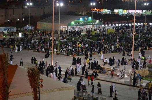 عاصفة الحزم تتمازج مع سجادة الزهور في مهرجان ربيع الرياض (1)