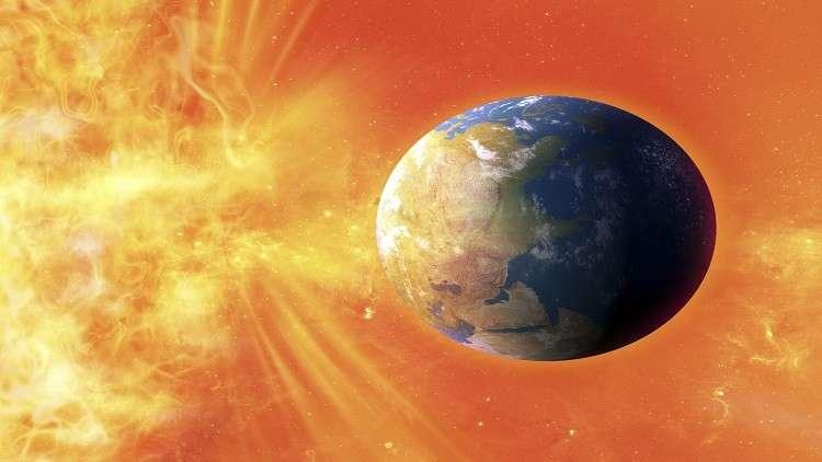 حقيقة تعرض الأرض لعاصفة شمسية واصطدام كويكبات بها