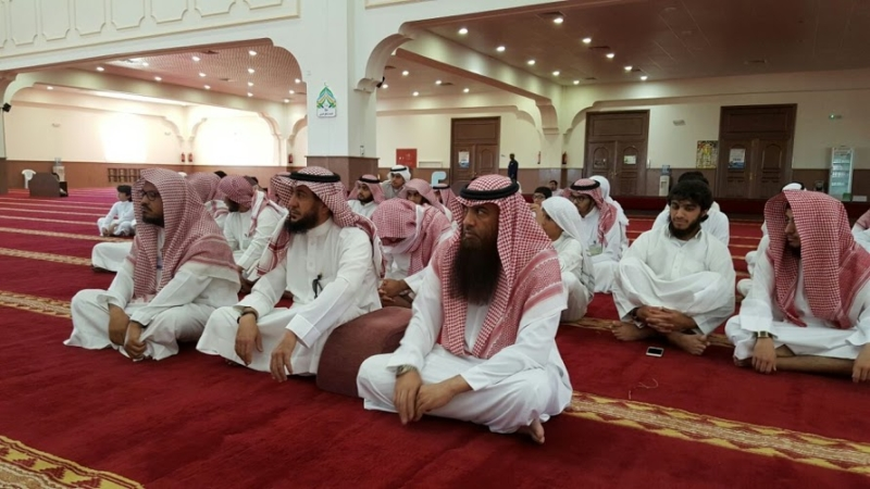 عاكف يخرج 15 حافظاً لكتاب الله خلال شهر واحد بالجوف (645780758) 
