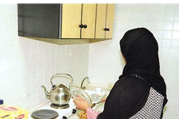 السماح للأجانب بممارسة نشاط وكلاء الاستقدام وتأجير العمالة المنزلية