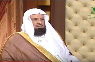 السند يوضح حكم طلب المرأة للطلاق من زوجها لأنه لا يصلي - المواطن