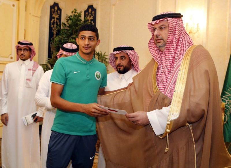 عبدالله بن مساعد والمنتخب السعودي للشباب 4