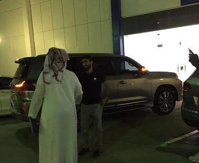 عبدالمجيد الرويلي يوقع على عقود انتقاله لنادي الهلال (4)