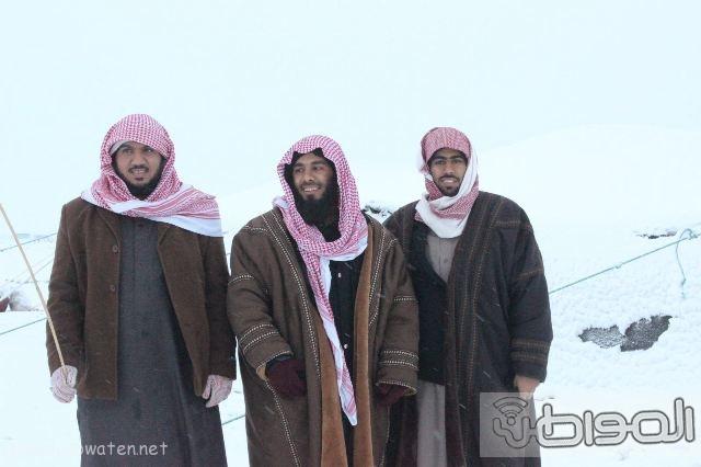 عدسة المواطن ترصد اكتساء #رفحاء بالبياض.. اليوم (36)