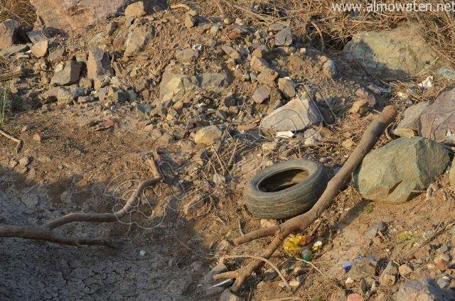عدسة المواطن ترصد مقبرة بلا سور على طريق  جدة و مكة المكرمة (11)