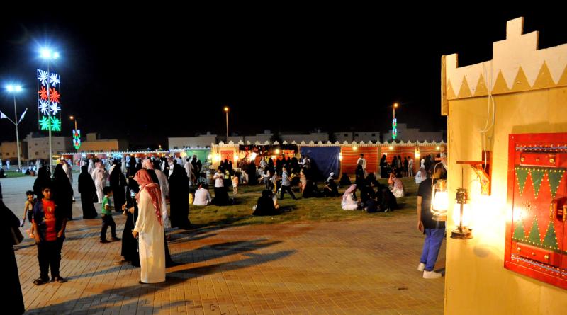 عرُوض كرنفالية ومقاطع مرئية وعربات مجهزة احتفالاً بالعيد في الرياض (1)