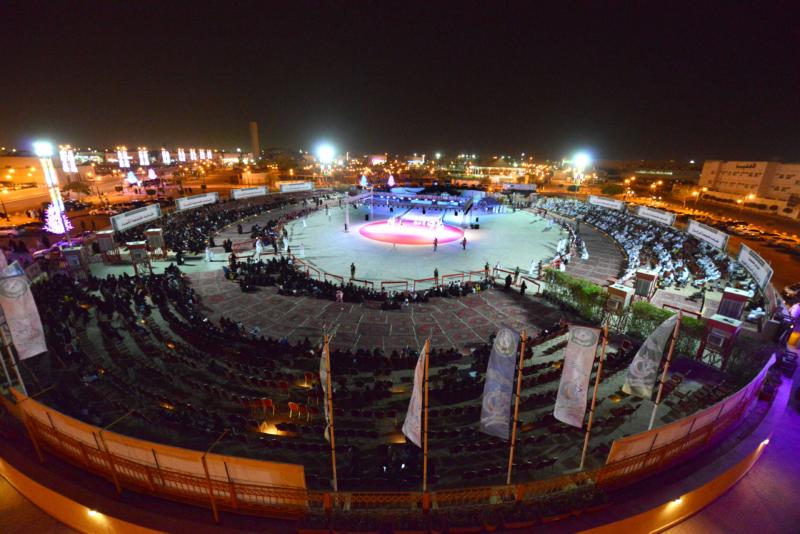 عرُوض كرنفالية ومقاطع مرئية وعربات مجهزة احتفالاً بالعيد في الرياض (186499701) 