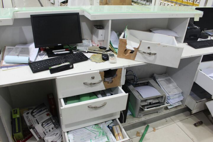 عصابة سرقة محلات بريدة (2)