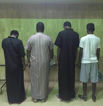 عصابة مكونة من15 شخص تورطوا بارتكاب85 جريمة سرقة وسلب (2)