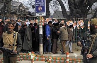 """عقوبة المؤبد لمن يذبح بقرة في """"غوجرات"""" الهندية - المواطن"""
