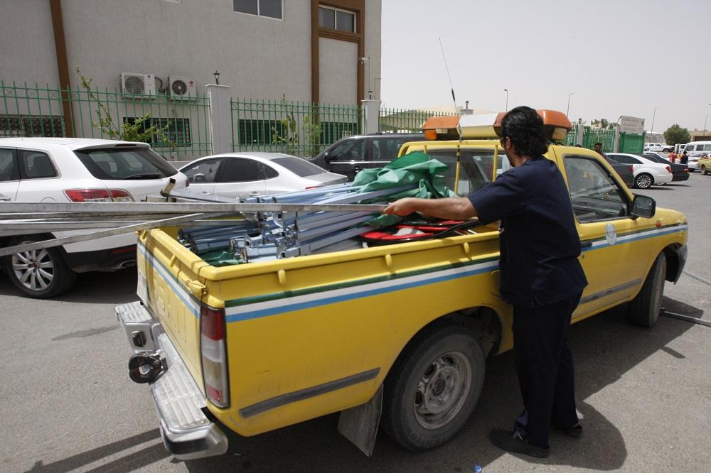 عمل الرياض يفاجئ المخالفين المجاورين لمقره ويزيل جميع الأكشاك والمكاتب المؤقتة (1)