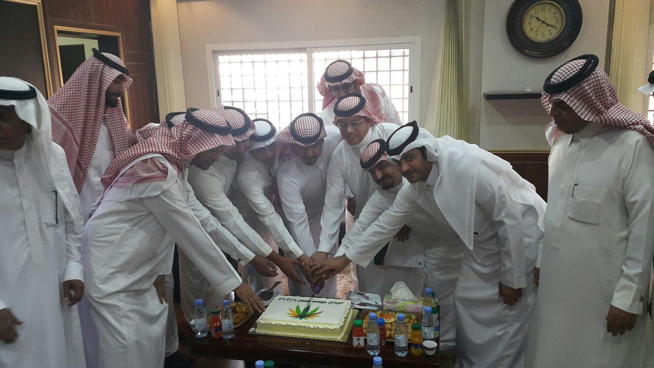 عمل #الرياض يُسلم 24 ترخيصاً لمكاتب استقدام عمالة منزلية (3)