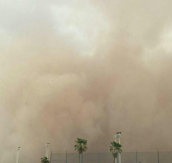 غبار-مطار-الملك-خالد (3)