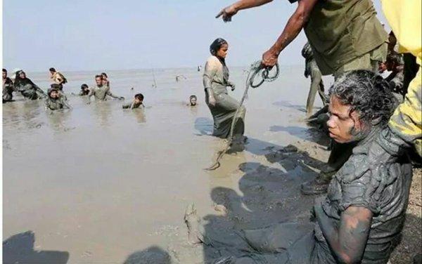بالصور.. فرار 123 ألفاً من مسلمي الروهينجا إلى بنجلاديش - المواطن