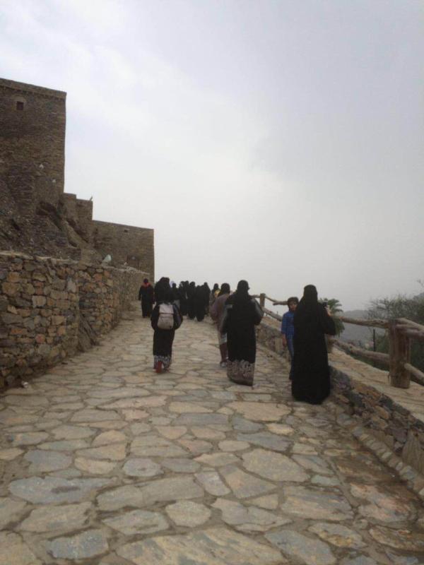 فرع وزارة العمل بالرياض رحلة اليتيمات عيش السعودية1