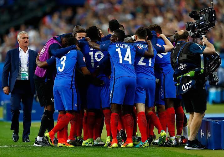 فرنسا تفوز على رومانيا (183439501) 