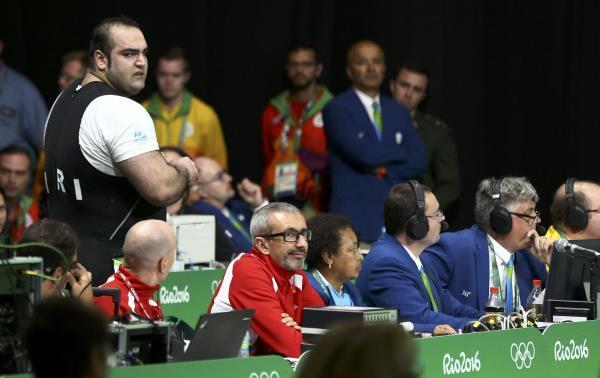 فضيحة رياضية إيرانية 2