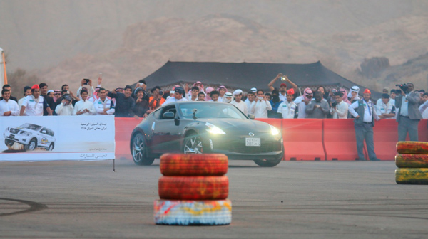 فغالي يستعرض مهاراته في رالي حائل بسيارة نيسان 370Z
