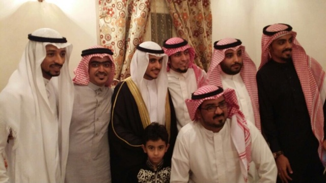 """الشاب """"فهد حامد"""" يحتفل بعقد قرانه - المواطن"""
