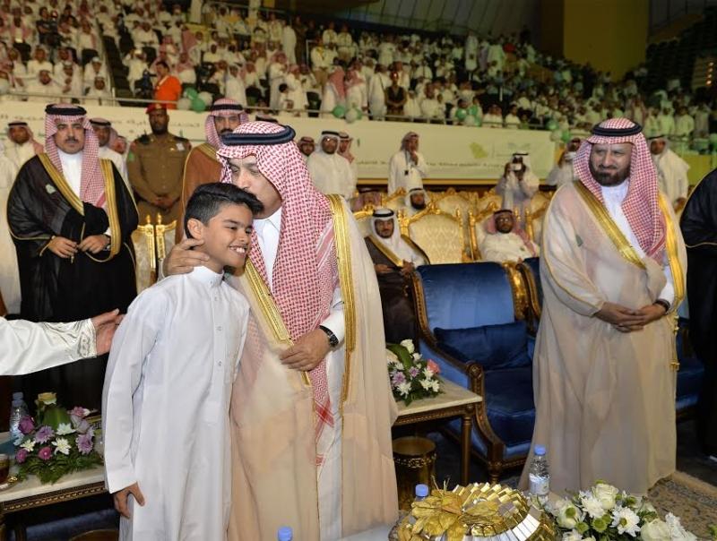 فيصل بن بندر: التعليم محفوظ ويسير بخطى ثابتة لتعزيز رؤية 2030 455