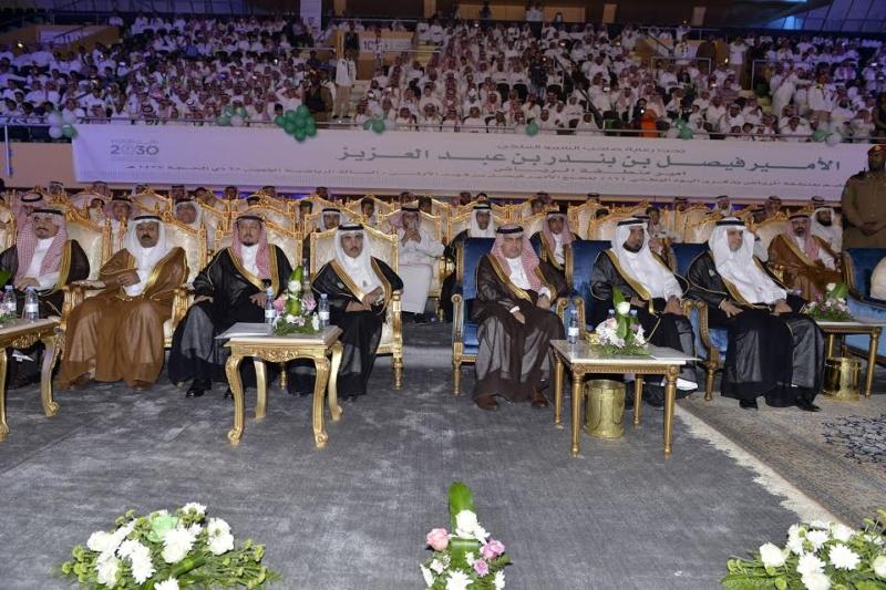 فيصل بن بندر: التعليم محفوظ ويسير بخطى ثابتة لتعزيز رؤية 2030 5