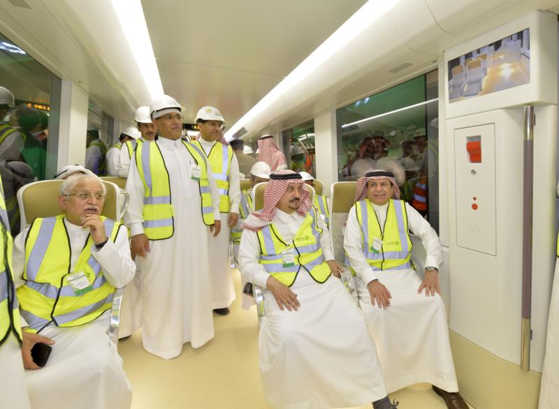 فيصل بن بندر يعلن اكتمال 36 % من قطار الرياض والإنتهاء بعد عامين (168140771) 