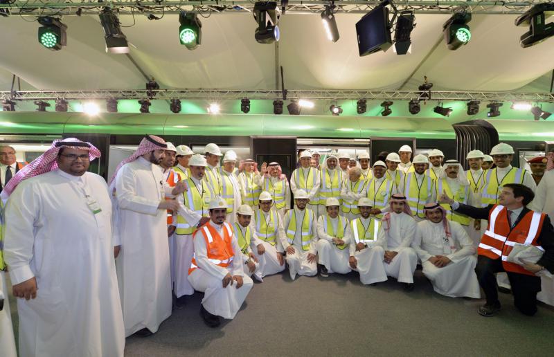 فيصل بن بندر يعلن اكتمال 36 % من قطار الرياض والإنتهاء بعد عامين (168140772) 