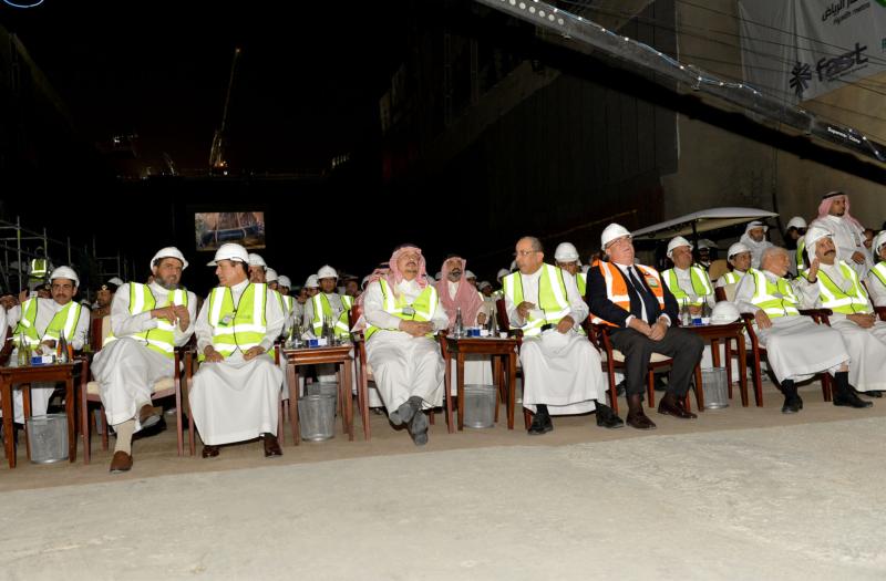فيصل بن بندر يعلن اكتمال 36 % من قطار الرياض والإنتهاء بعد عامين (168140778) 