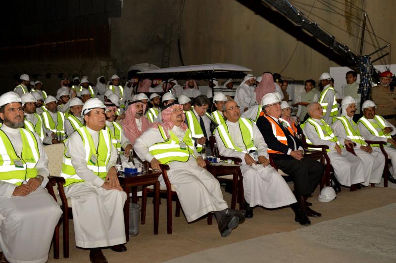 فيصل بن بندر يعلن اكتمال 36 % من قطار الرياض والإنتهاء بعد عامين (168140780) 