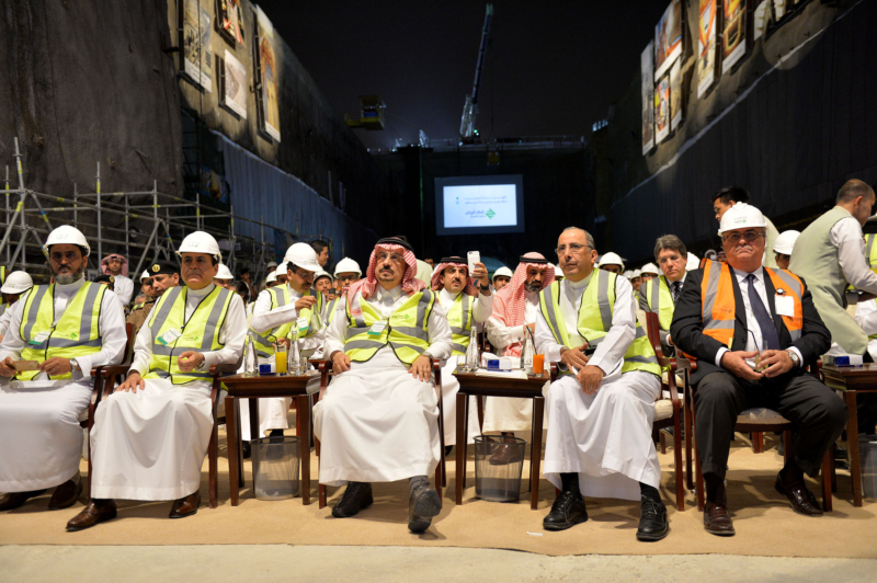 فيصل بن بندر يعلن اكتمال 36 % من قطار الرياض والإنتهاء بعد عامين (168140782) 