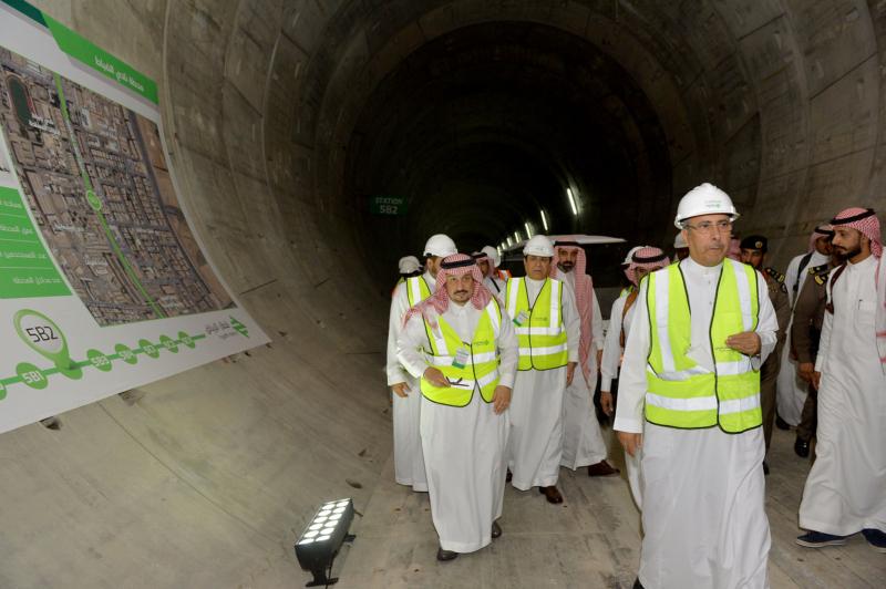 فيصل بن بندر يعلن اكتمال 36 % من قطار الرياض والإنتهاء بعد عامين (168140792) 