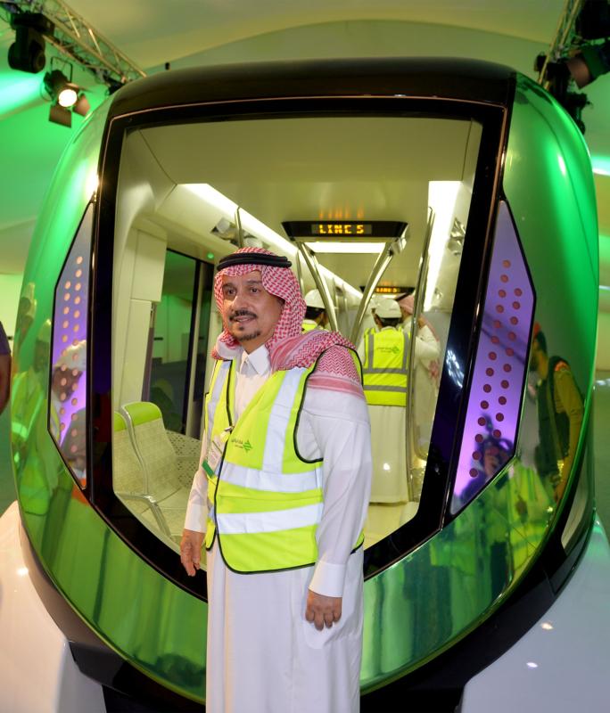فيصل بن بندر يعلن اكتمال 36 % من قطار الرياض والإنتهاء بعد عامين (168140799) 