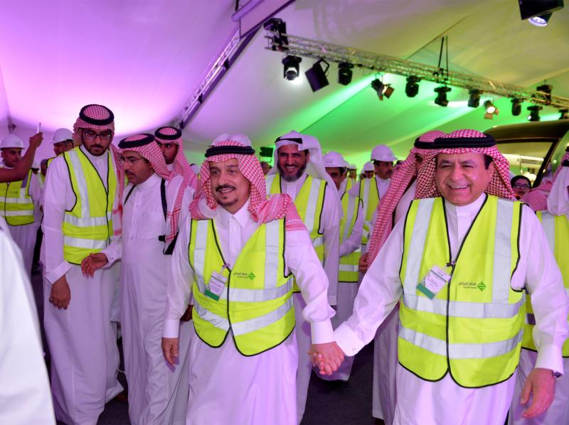 فيصل بن بندر يعلن اكتمال 36 % من قطار الرياض والإنتهاء بعد عامين (168140800) 