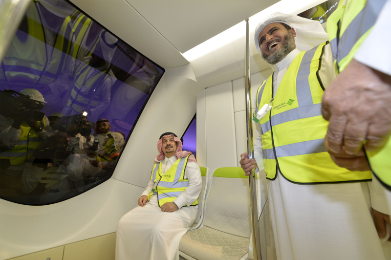 فيصل بن بندر يعلن اكتمال 36 % من قطار الرياض والإنتهاء بعد عامين (168140806) 