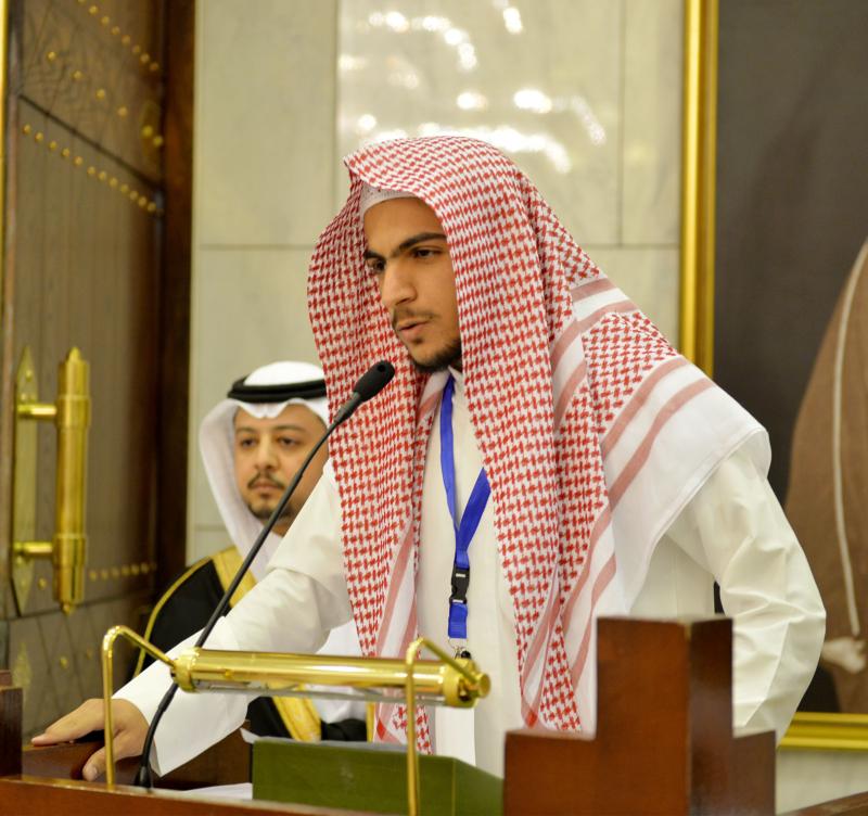 فيصل بن بندر يُكرم الفائزين في مسابقة أمير الرياض للقرآن (373262258) 