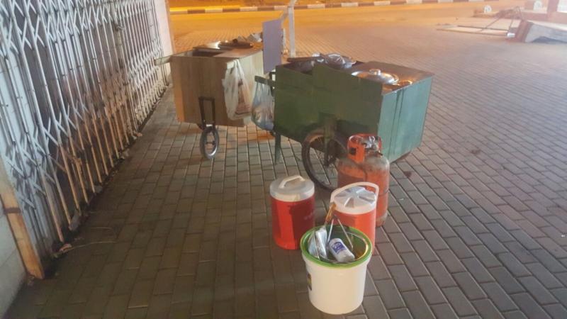 في أحد المسارحة.. البلدية تصادر غذاء (312401294) 