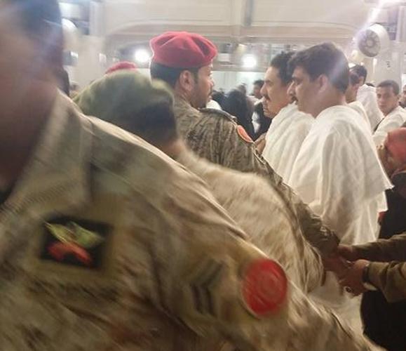 قائد الجيش الباكستاني يؤدي مناسك العمرة (3)