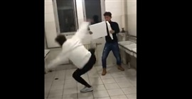 بالفيديو.. موقف محرج لشاب حاول استعراض مهاراته القتالية - المواطن