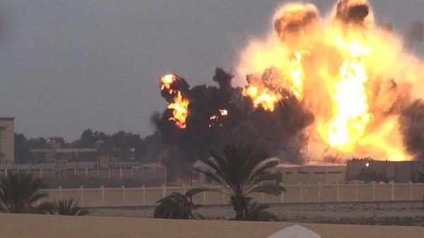 قتلى وجرحى في انفجارين بمحيط فندق في #سيناء