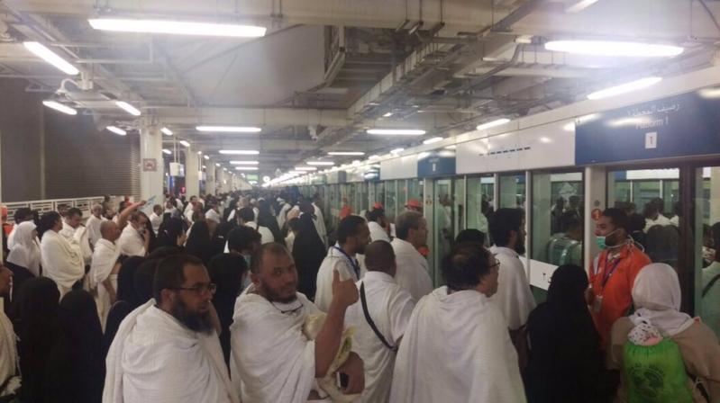 قطار المشاعر ينقل أكثر من 125 ألف حاج من عرفات إلى مزدلفة  1