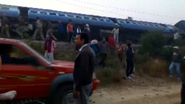 A view of a derailed train in Kanpur, in India's northern state of Uttar Pradesh, in this still image taken from video November 20, 2016. ANI/via REUTERS TV  ATTENTION EDITORS - THIS IMAGE WAS PROVIDED BY A THIRD PARTY. EDITORIAL USE ONLY. NO RESALES. NO ARCHIVE. NO ACCESS ARD/BBC