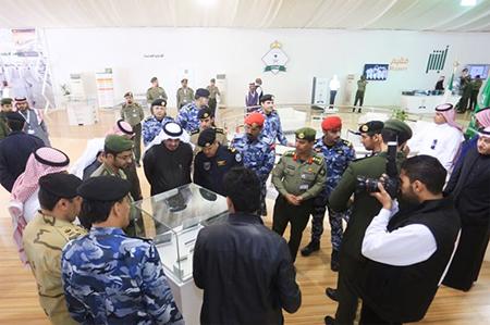 قيادات أمنية وعسكرية ومسوؤلون يتوافدون على جناح23.j30